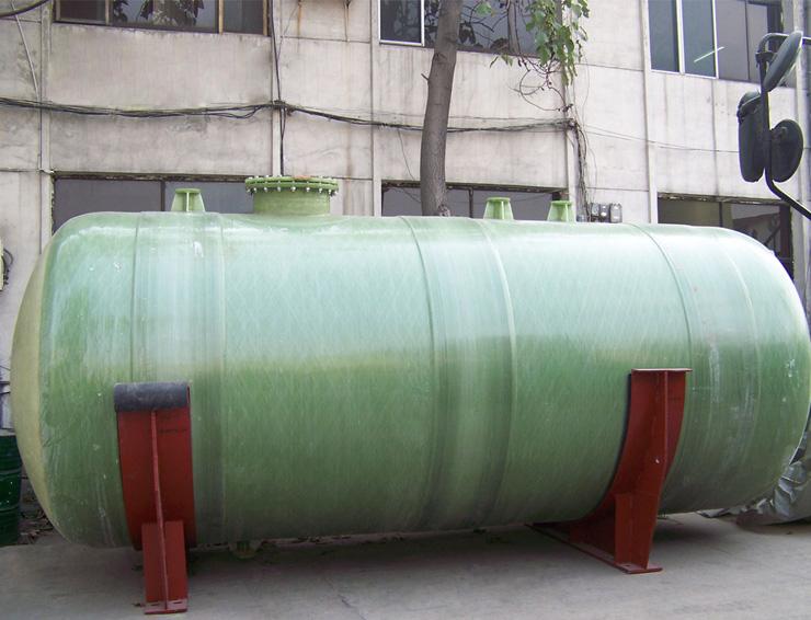 缠绕玻璃钢水罐厂家